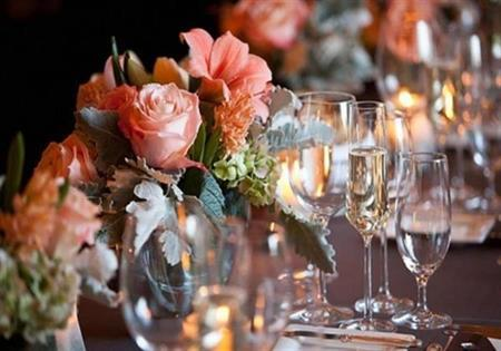 wedding_table_setting_with_floral-orange_%281%29